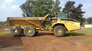 Caterpillar 735 Articulated dump truck